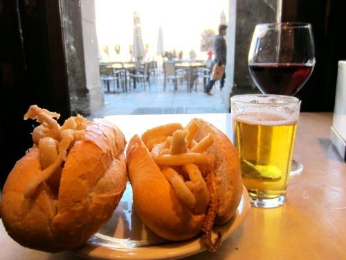 bocadillo de calamares madrid plaza mayor