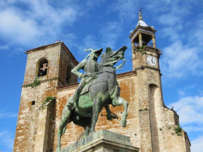 francisco pizarro statue in trujillo, spain