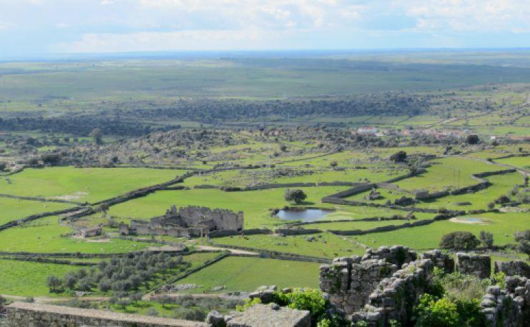 landscape in trujillo, spain