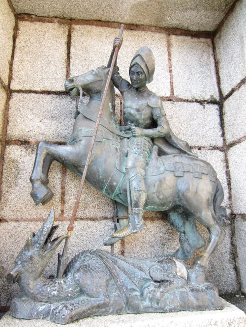 saint george slaying the dragon caceres